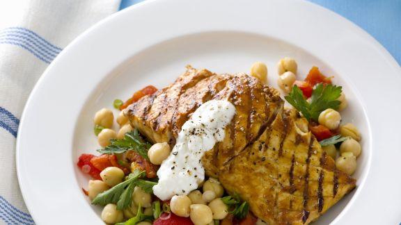Rezept: Gegrillter Fisch mit Kichererbsensalat