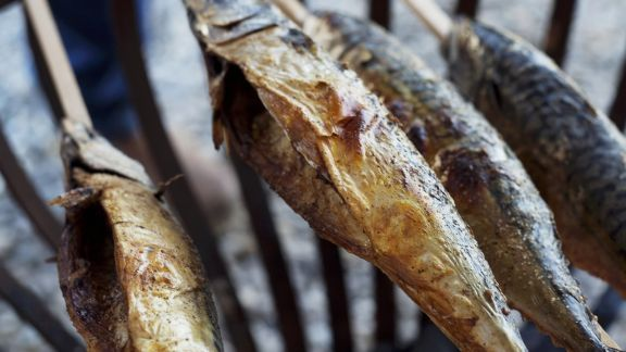 Rezept: Gegrillter Fisch (Steckerlfisch)