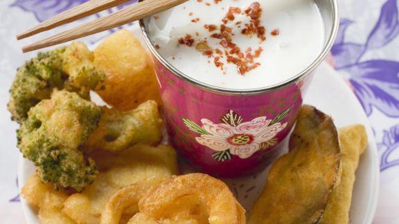 Rezept: Gemüse auf Tempura-Art mit Joghurtsoße