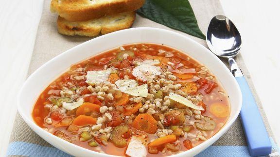 Rezept: Gemüse-Dinkel-Suppe