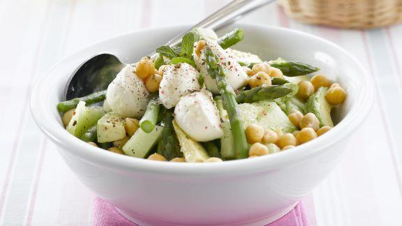 Rezept: Gemüse-Melonen-Salat mit Mozzarella