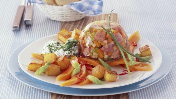 Rezept: Gemüse und Fleisch in Gelee mit gebratenem Kürbis