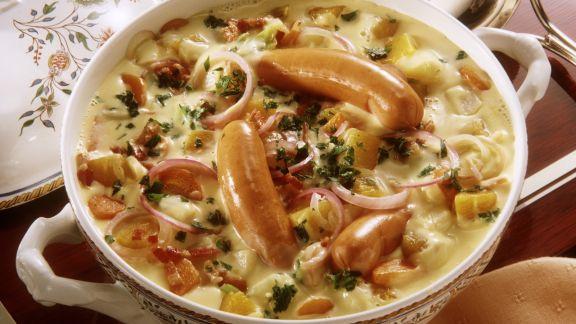 Rezept: Gemüseeintopf mit Kartoffeln, Kohlrabi, Zwiebeln in sahniger Soße