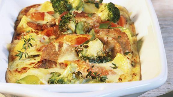 Rezept: Gemüsegratin mit Raclette überbacken