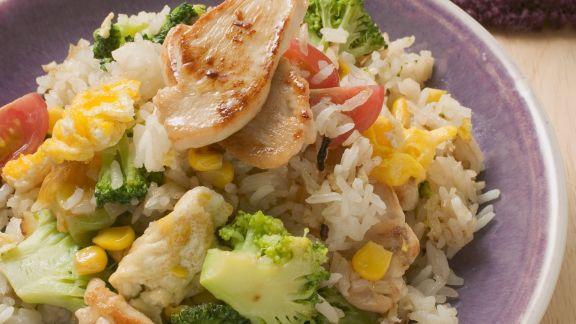 Rezept: Gemüsereis mit Hähnchenfleisch