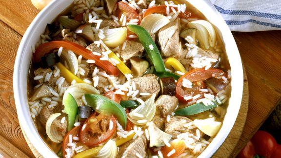 Rezept: Gemüsereis mit Lamm auf serbische Art (Djuvec)
