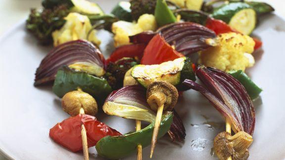 Rezept: Gemüsespieße mit Kokossauce