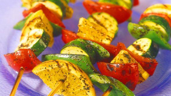 Rezept: Gemüsespieße vom Grill