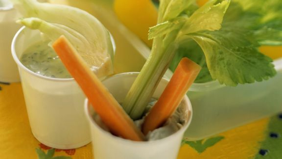Rezept: Gemüsesticks mit Dip