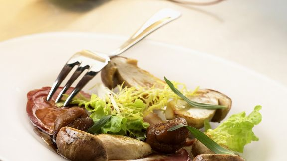 Rezept: Geräucherte Entenbrust mit Pilzen