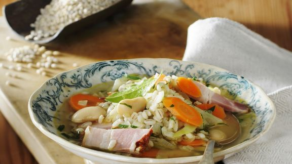 Rezept: Gersteneintopf mit Gemüse und Bauchspeck