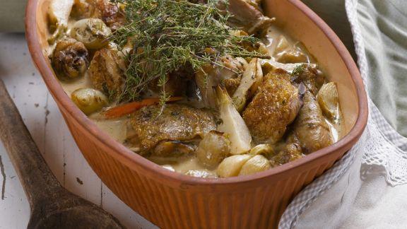 Rezept: Geschmortes Kräuterhähnchen mit Pastinaken