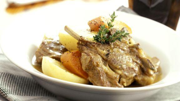 Rezept: Geschmortes Lamm mit Gemüse