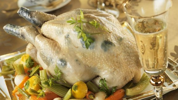 Rezept: Geschmortes Perlhuhn mit Gemüse