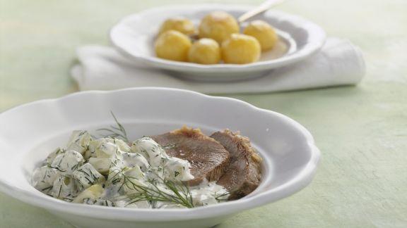 Rezept: Gesottenes Rindfleisch mit Dill-Gurken-Gemüse