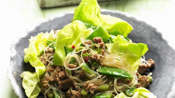 Rezept: Glasnudel-Fleisch-Salat mit Zuckerschoten