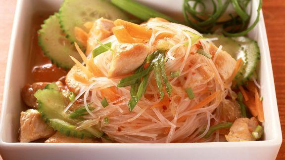 Rezept: Glasnudel-Hähnchen-Salat