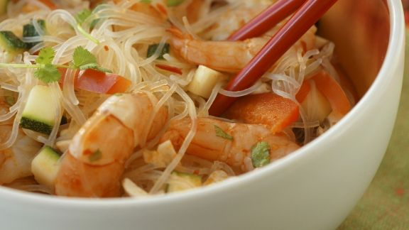 Rezept: Glasnudelsalat mit Shrimps