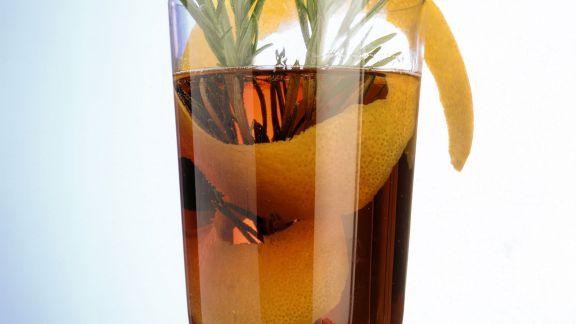 Rezept: Glühwein mit Rosmarin
