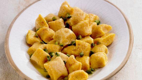 Rezept: Gnocchi aus Süßkartoffeln mit Pistazien