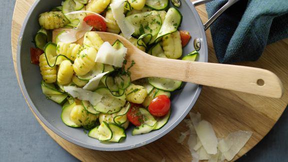 Rezept: Gnocchi-Zucchini-Pfanne