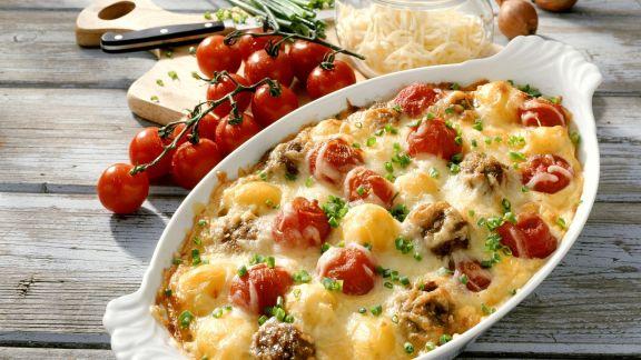 Rezept: Gratin mit Tomate, Hackfleisch und Käse