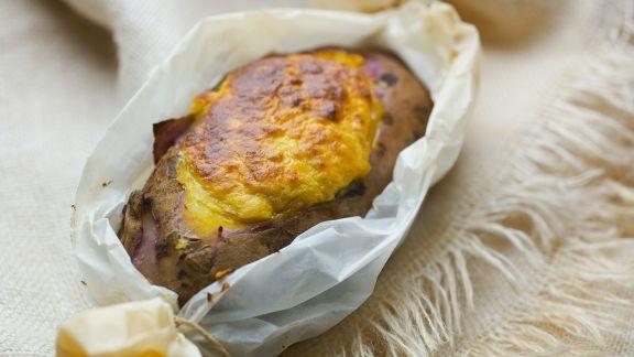 Rezept: Gratinierte Süßkartoffel mit Lachs