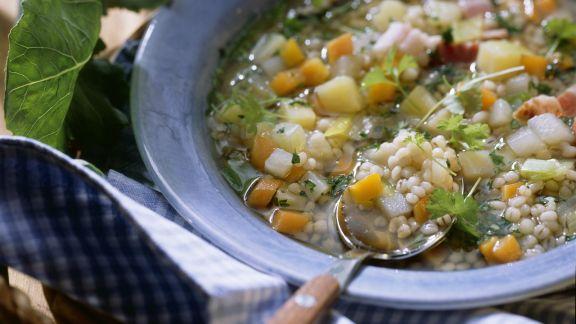 Rezept: Graupen-Gemüse-Suppe