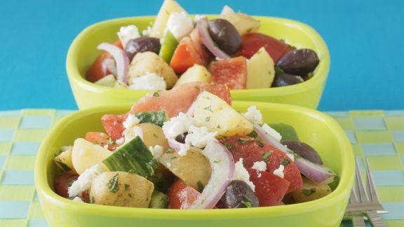 Rezept: Griechischer Salat mit jungen Kartoffeln