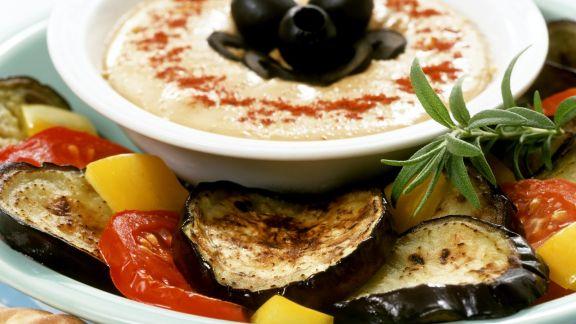 Rezept: Grillgemüse mit Kichererbsencreme