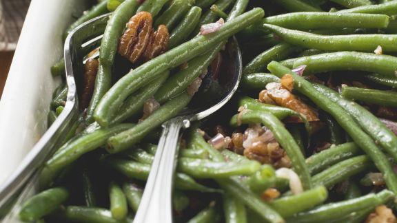Rezept: Grüne Bohenen und Bacon und Pekannüssen