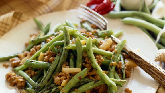 Rezept: Grüne Bohnen-Hähnchensalat mit Chili