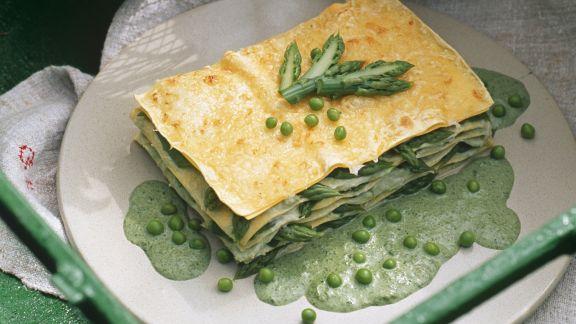 Rezept: Grüne Lasagne mit Erbsen und grünem Spargel