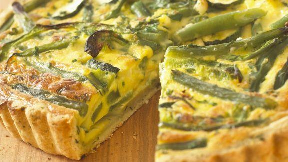 Rezept: Grüner Gemüsekuchen mit Schafskäse
