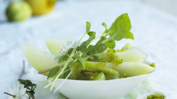 Rezept: Grüner Obstsalat mit Limettenzucker