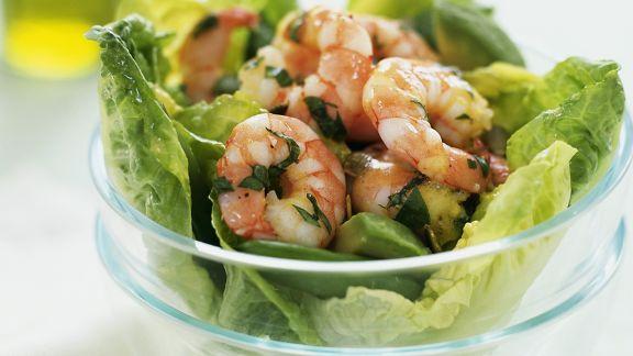 Rezept: Grüner Salat mit Garnelen und Avocado