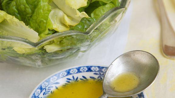Rezept: Grüner Salat mit Zitronen-Knoblauch-Vinaigrette