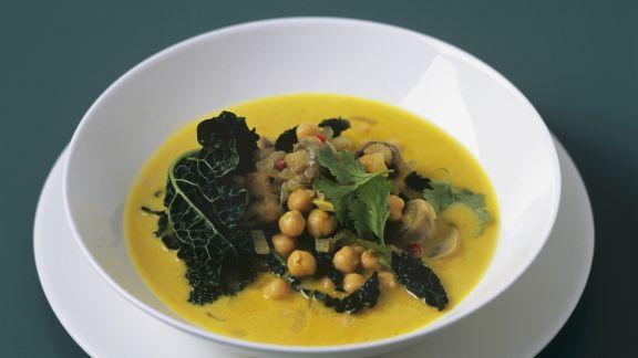 Rezept: Grünkohl mit Kichererbsen in Currysauce