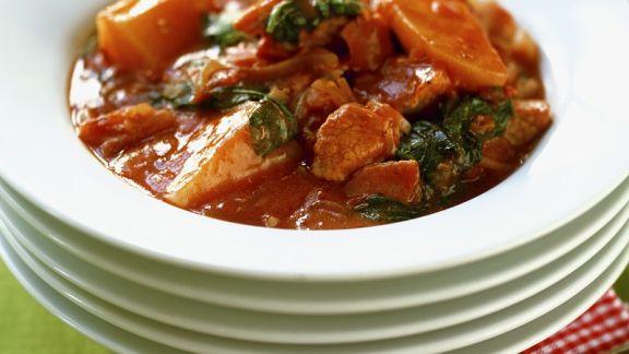 Rezept: Gulasch mit Tomaten