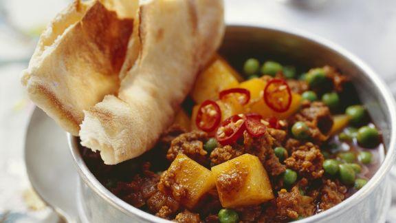 Rezept: Hack-Kartoffel-Eintopf mit Erbsen und indischen Gewürzen