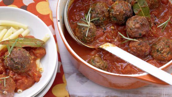 Rezept: Hackbällchen in Tomatensauce