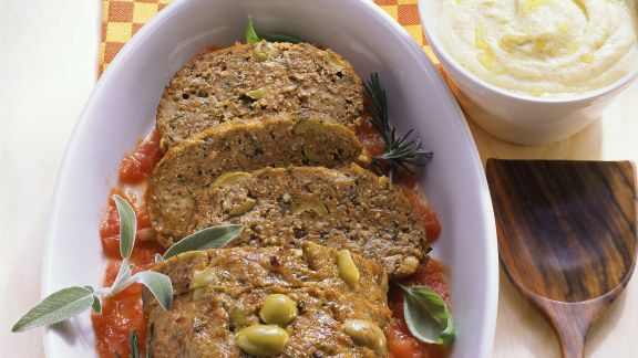 Rezept: Hackbraten mit Anchovis und Oliven