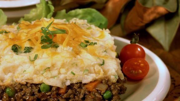 Rezept: Hackfleisch-Kartoffelbrei-Auflauf mit Cheddar