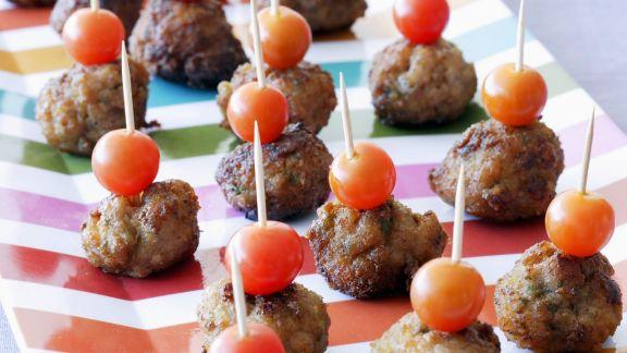 Rezept: Hackfleisch-Tomaten-Spieße