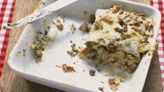 Rezept: Hähnchen-Lasagne mit Oliven