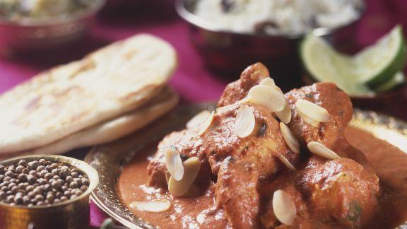Rezept: Hähnchen mit Mandelblättchen auf indische Art
