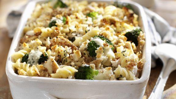 Rezept: Hähnchen-Nudel-Auflauf mit Brokkoli