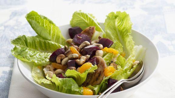 Rezept: Hähnchen-Salat mit Mandarinen und Cashewkernen