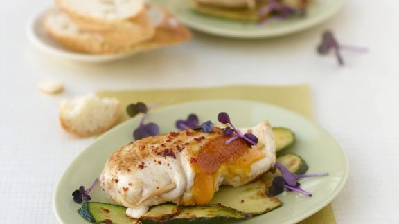 Rezept: Hähnchenbrustfilet mit Cheddar, Zucchini und Minze