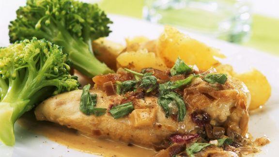 Rezept: Hähnchenbrustfilet mit Estragon-Sahne-Sauce, Brokkoli und Kartoffeln